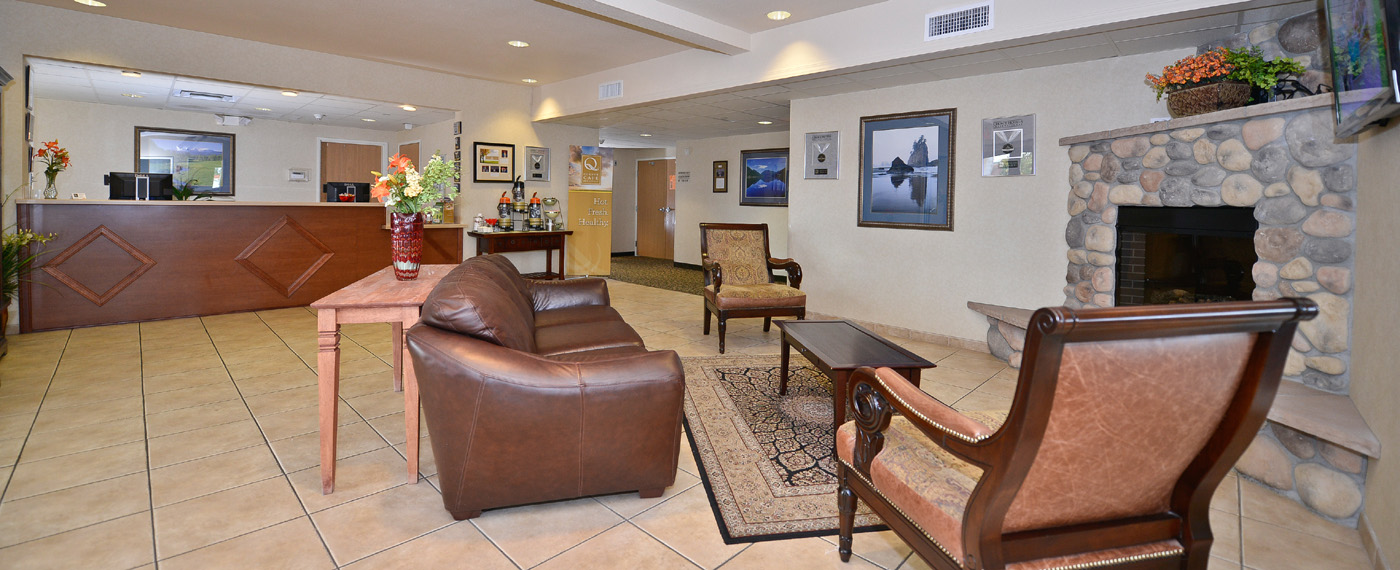 Lobby of Quality Inn & Suites, Sequim