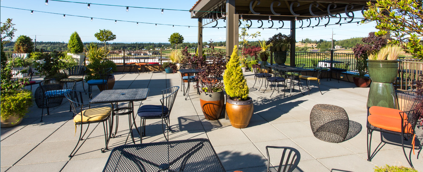 Holiday Inn Express Sequim rooftop garden