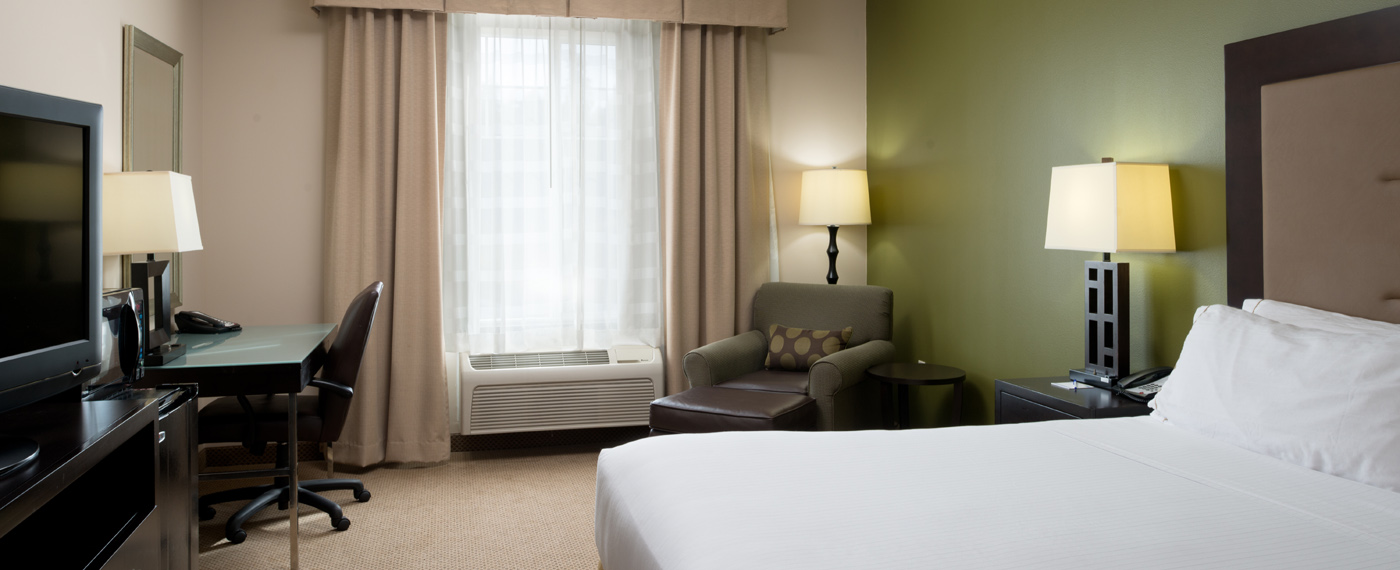 Holiday Inn Express and Suites, Sequim - King Standard